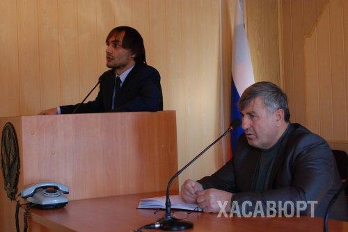 Как правильно выдавать справки горожанам объяснили председателям квартальных комитетов представители МФЦ г. Хасавюрт