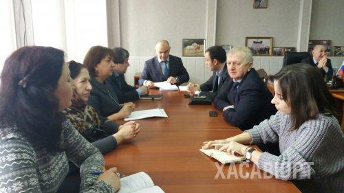 Заседание Комиссии по делам несовершеннолетних состоялось в Хасавюрте