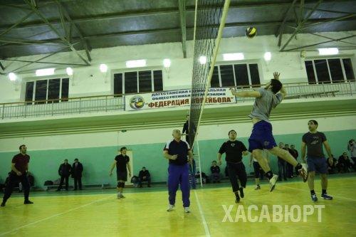 Команда хасавюртовского филиала ДГУ заняла призовое место в соревнованиях по волейболу