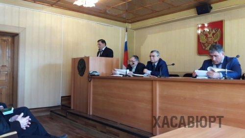 Глава Хасавюрта Зайнудин Окмазов отчитался о проделанной работе за 2016 год перед городским Собранием депутатов.
