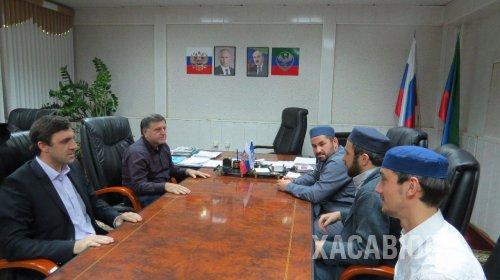 Глава Хасавюрта Зайнудин Окмазов встретился с заместителем Муфтия РД Абдуллой Аджимоллаевым