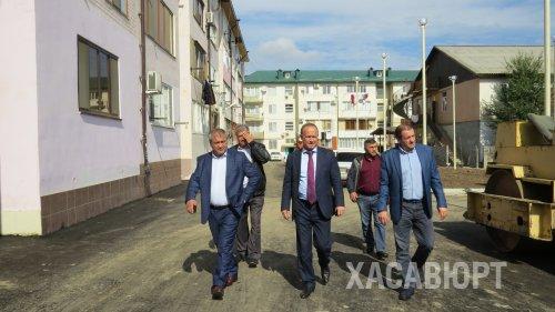 Хасавюрт рабочим визитом посетил заместитель министра строительства, архитектуры и ЖКХ РД Ибрагим Абакаров