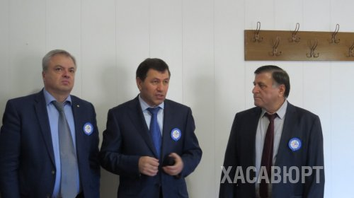Глава Хасавюрта принял участие в праздновании юбилея хасавюртовского филиала ДГУ