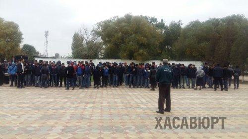 Тренировочная эвакуация в Дорожно-строительном колледже Хасавюрта