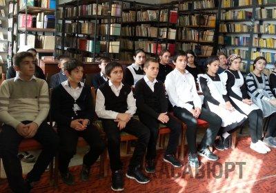 В библиотеках Хасавюрта проходят уроки мужества в честь векового юбилея дагестанца-героя Исы Султанова