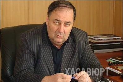 Начальник управления образования города Хасавюрт Руслан Ибрагимов был признан Учителем года в 2017 по версии издания субъекта СКФО