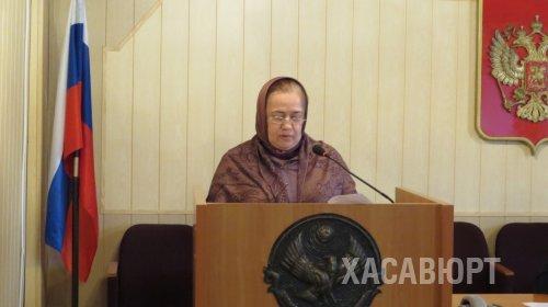 Работу центра занятости населения обсудили в администрации Хасавюрта
