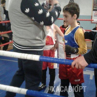 В Хасавюрте прошло первенство по боксу с целью профилактики ВИЧ-инфекции
