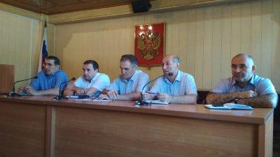 На аппаратном совещании в мэрии Хасавюрта обсудили вопросы о проделанной работе коммунальных служб города