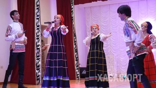 В Хасавюрте с широким размахом отметили день семьи, любви и верности