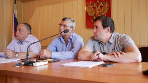 В Хасавюрте состоялась 63 сессия Собрания городских депутатов