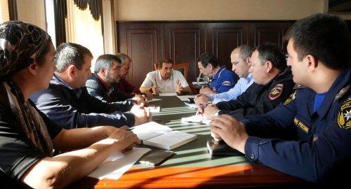 В Хасавюрте на заседании КЧС обсудили пожар по улице Набережная