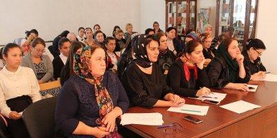 В библиотеке Хасавюрта состязались юные чтецы поэзии Мариам Ибрагимовой