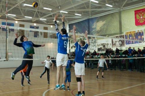 Команда Хасавюрта завоевала золото в первенстве Республики Дагестан по волейболу