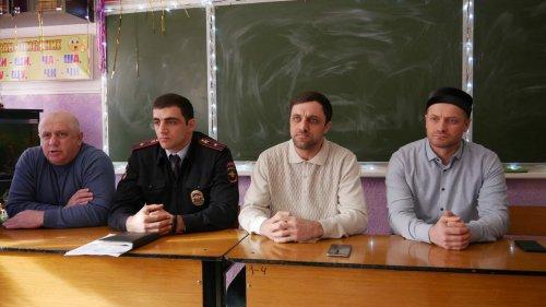 Встреча лекторской группы с родителями учащихся школы № 11 прошла в Хасавюрте