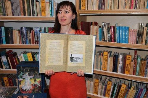 В библиотеке Хасавюрта знакомят молодых горожан с историей Дагестана