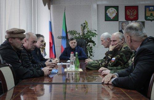 Глава Хасавюрта провел встречу с ветеранами Афганистана