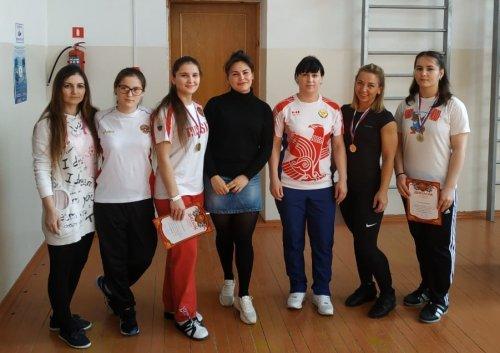 В Хасавюрте состоялось первенство Дагестана по тяжелой атлетике