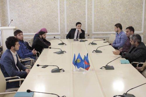 В администрации Хасавюрта обсудили проведение городского фотоконкурса