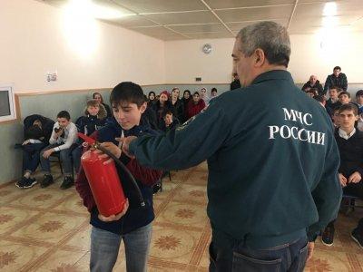 В спортивной школе Хасавюрта прошла учебная эвакуация