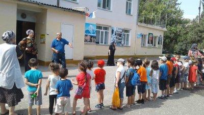 Тренировка по эвакуации при землетрясении в МКДОУ  №3 «Березка»