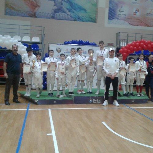 Фехтовальщики из Хасавюрта успешно выступили в Сочи