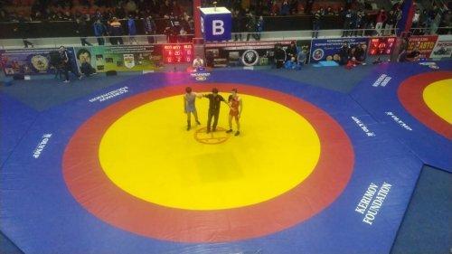 В Хасавюрте прошло первенство Дагестана по вольной борьбе среди юниоров памяти А.Карапетяна и М.Рамазанова
