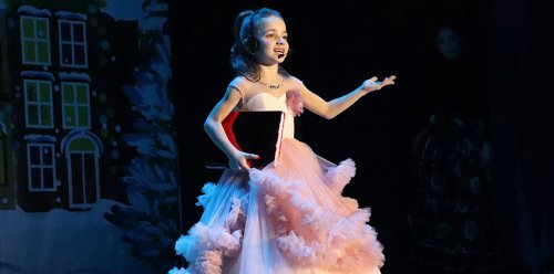 В Хасавюрте в онлайн-формате состоялся новогодний концерт
