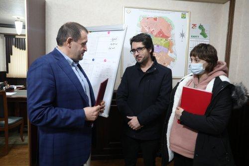 Глава Хасавюрта встретился с представителями ВОД «Матери России»