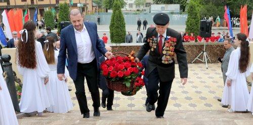 В Хасавюрте широко отметили День Победы